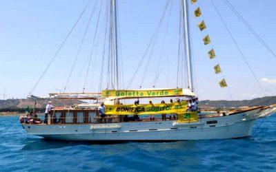 #Liberidaiveleni, Goletta Verde approda a Crotone